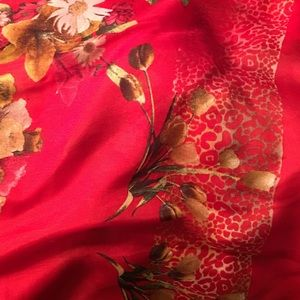 Absolutely Beautiful Silk Scarf Made in Turkey