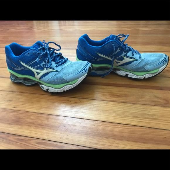 mizuno running fit