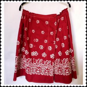 Miu Miu red skirt w/embroidery