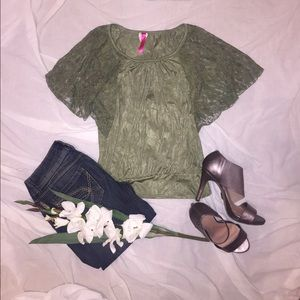Tops - 🌿{5 for $25}  ✨ Olive green Lace Batwing Shirt ✨