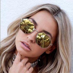 fab933cb595 Quay Australia Accessories - Quay On A Dime Geometric Glasses