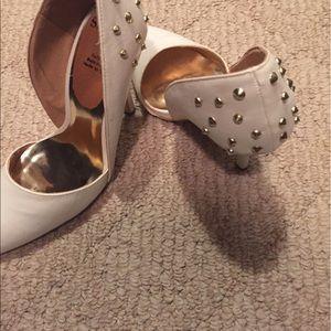 Shoes - White Pumps Size 7.5 W