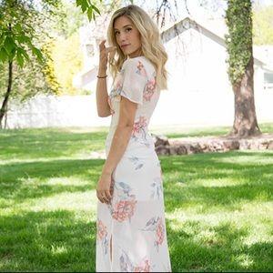 NWT Current Air Romantic Floral Maxi Dress