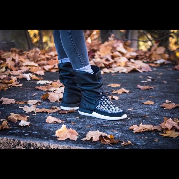 95604116ef143 ... ireland new nike roshe 2 hi flyknit sneaker boots black 7 c6187 32ae5