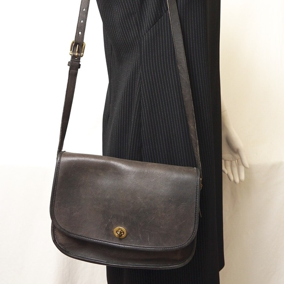 164bd7010d8a Coach Handbags - COACH VINTAGE BLACK LEATHER CROSSBODY BAG