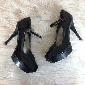 👡 Guess black peep toe heels