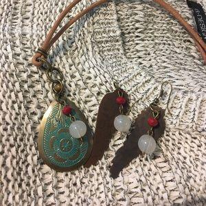 Jewelry - 💥New 💥Dark Bronze Wings/ Necklace Boho style