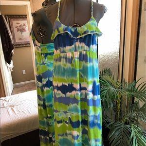 Dresses & Skirts - Beautiful colorful maxi dress size large