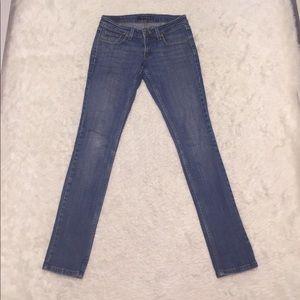 HOT ITEM🎯Levi's 524 jeans