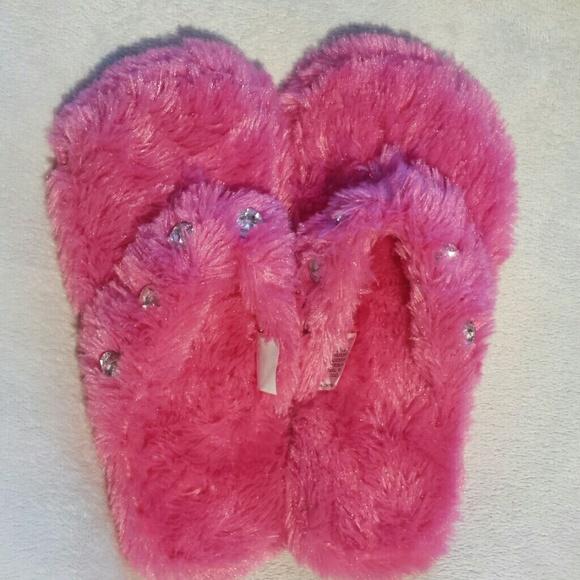 Fun Hot Pink Jeweled Fuzzy Slipper Flip Flops 7 From Tara -6951