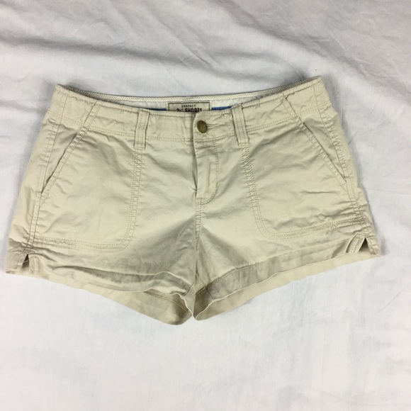 Old Navy - Old Navy Perfect 3 ½ beige low rise khaki shorts from ...
