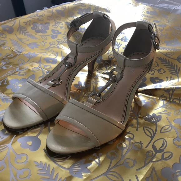 4ce983d477fa0 Coach Shoes | Nude Peep Toe Kitten Heels Size 75 | Poshmark