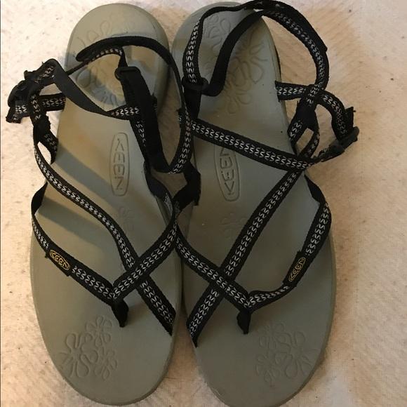 b59c406387bb Keen Shoes - KEEN LA PAZ SANDAL sz.7 BLACK   WHITE