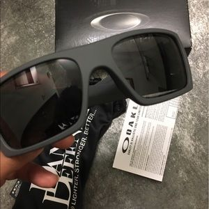 080bb8c1f4d Oakley Accessories - FINAL SALE❤️Oakley SI det cord Daniel defense NEW