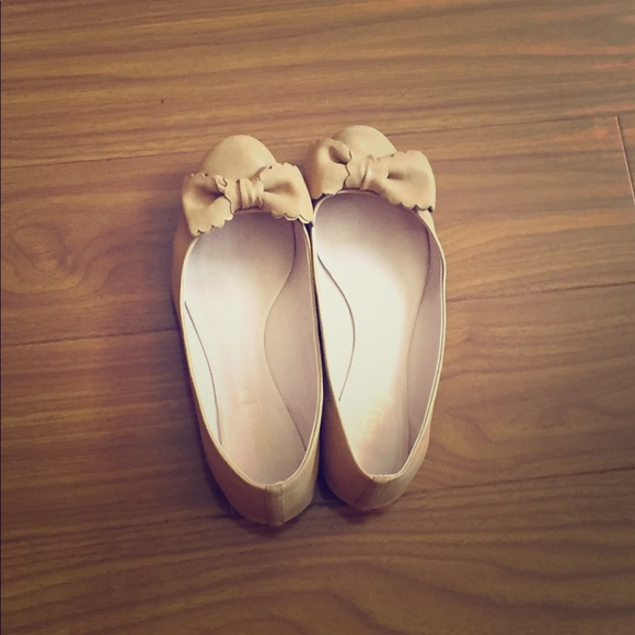 RED Valentino Shoes - RED Valentino Bow Nude Leather Flat