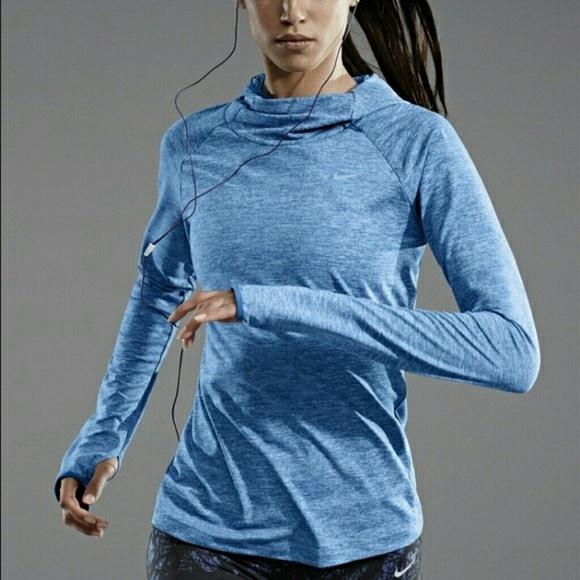 b36c5fbc20d6 Women s Nike Dri Element Running Hoodie~Sz M! M 59695424f739bc25ea007b49
