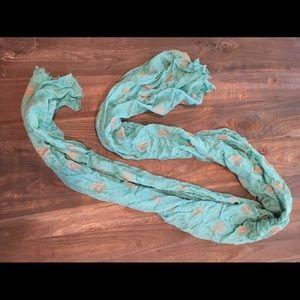 Gap scarf.