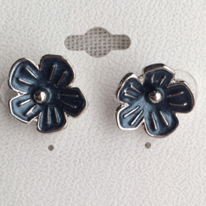 NEW Silver & Blue 3D Floral Earrings