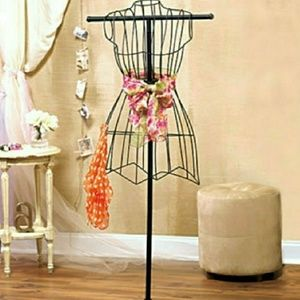Dresses & Skirts - Brand new dress mannequin