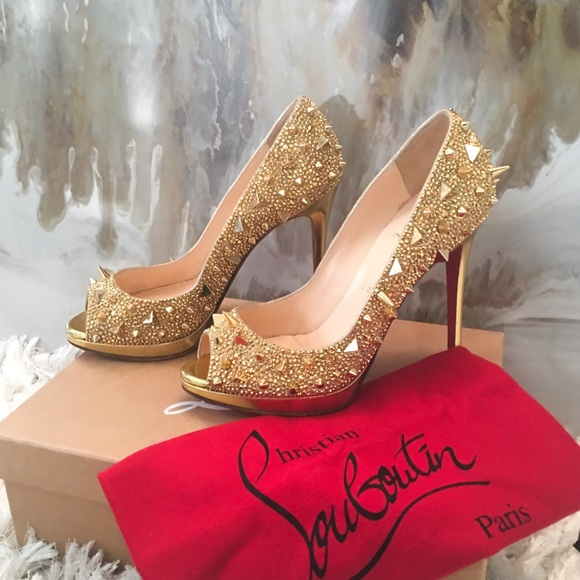 bd2cfe4f4c39 Christian Louboutin Shoes - Christian Louboutin Yolanda Potpourri Gold Heel  38