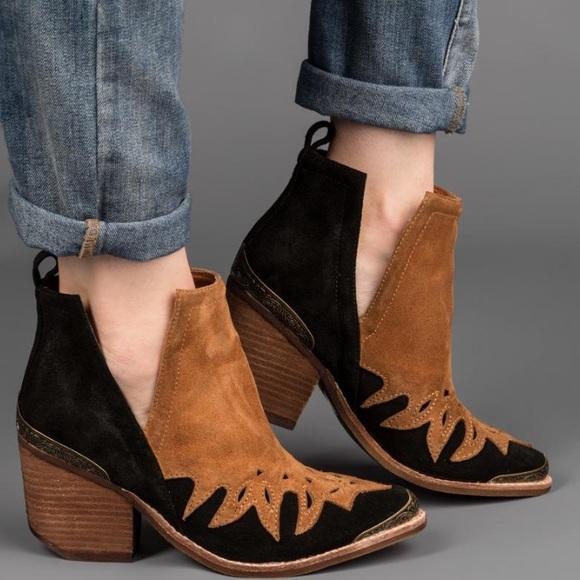 Outlet 100% Authentic Jeffrey Campbell Leather Western Laser Cut Ankle Boots Sale Big Sale Under 50 Dollars dznemJgT