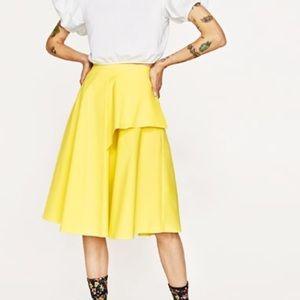 LAST DAYS! Zara full skirt