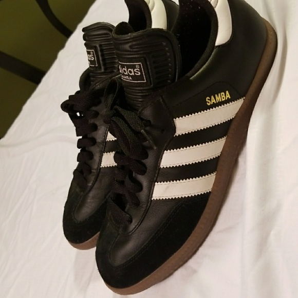Le Adidas Samba 6 Calcio Addidas Donna Taglia 6 Samba 12 Poshmark ee2efa