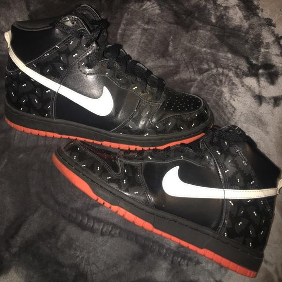 Nike High Top Halloween dunks. M 59699de14225bee1af00dfe0 a4a7b56a8