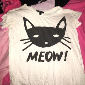 FOREVER 21 Cute Graphic Cat Tee