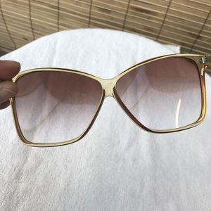 c5f4bfdc79a Annie Saral Accessories - Vintage Annie Saral Sunglasses