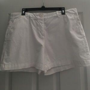 Pants - Crown&Ivy white shorts size 16