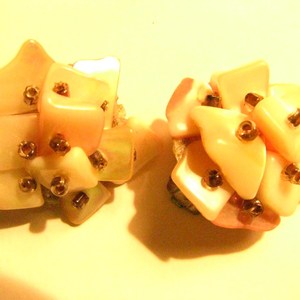 Vintage 1950s clips mother of pearl chip earrings