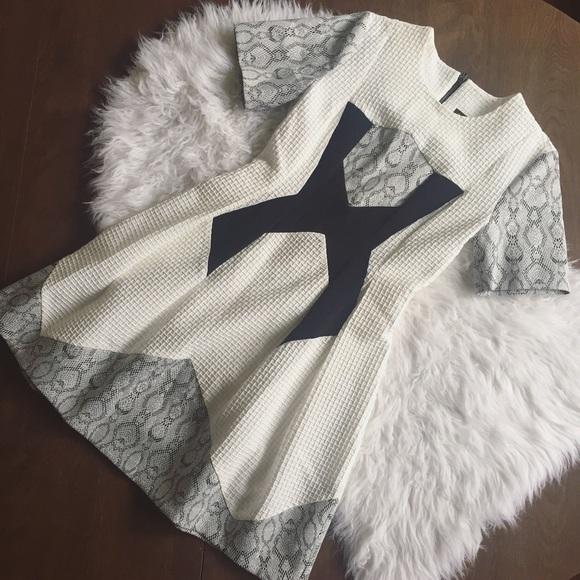 Topshop Dresses & Skirts - TopShop Mixed Media Fit N Flare Textured Dress
