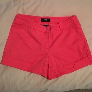 Coral Mossimo mid-waisted shorts