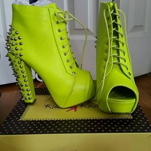 Shoes - Neon yellow spiked booties