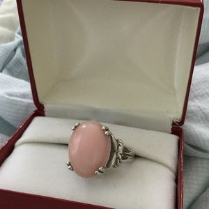 Jewelry - Pink Opal ring, 8