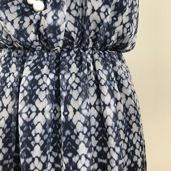 Forever 21 Dresses - Forever 21 Navy blue and gray hi-low summer dress