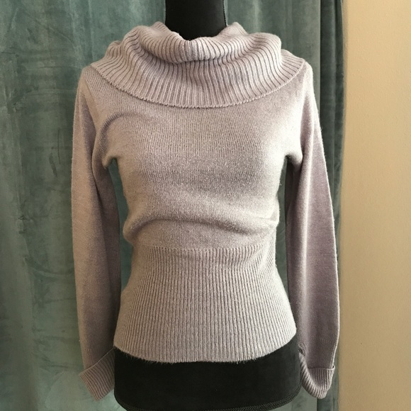 2692961c70 Vintage 80s Grey Fitted Cowl Neck Sweater S. M 596a4a4f713fde7fa700dd32