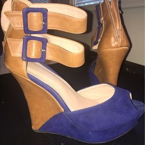 Faux leather wedges with blue suede accents