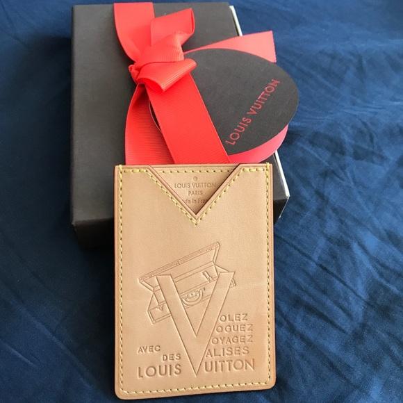 d4f31e21e394 Louis Vuitton Accessories