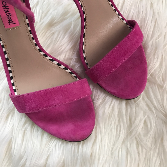 Betsey Johnson Shoes - Betsey Johnson Fuchsia Pink Flirtyy Suede Bow Heel