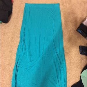 Charlotte russe maxi skirt M