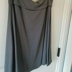 Old Navy skirt - gray