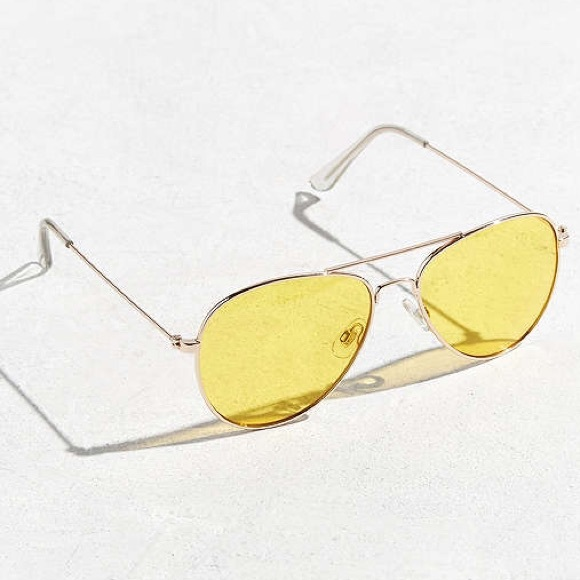 Yellow tinted aviators 70s sunglasses
