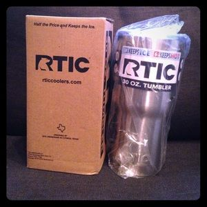 Other - Rtic 30 oz. Tumbler *Just as good as Yeti*