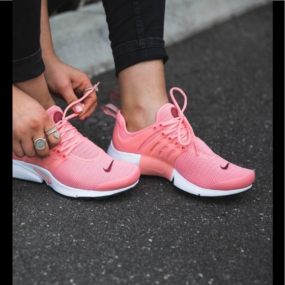wholesale dealer 94940 3d9d8 NIKE Air Presto