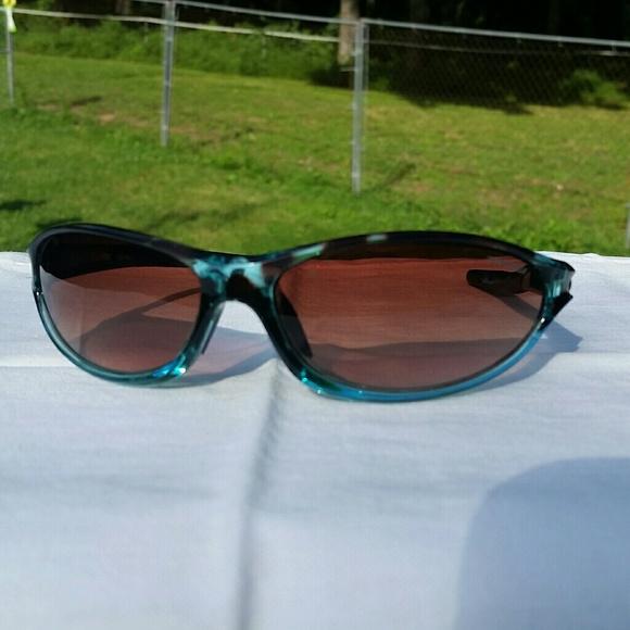 ee6b02472f Tifosi Accessories - Women s Tifosi Alpe 2.0 sunglasses