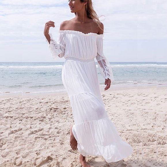 Fairlygirly Dresses Tiered Lace Sleeve Boho Maxi Dress