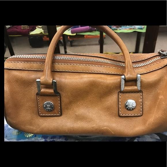 4cf8f5eec85c Vintage Michael Kors barrel purse. M_596a8d0b7fab3a522f01ffa8