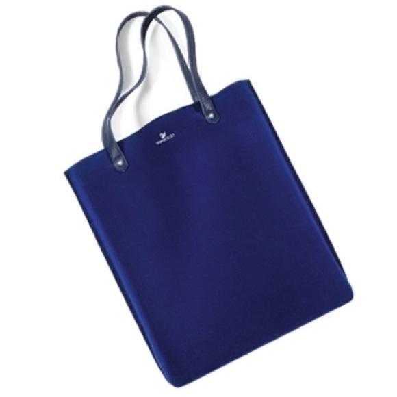 f4efca6483 Limited edition sapphire blue Swarovski bag. M_5a29f8be7fab3a31f3009d0c